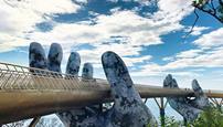 پل طلایی بر روی دستان طبیعت(+تصاویر)