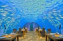 رستوران زیر آبی دریا در مالدیو