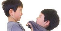 چگونه بفهمم کودکم رفتار عادی و نرمالی دارد؟