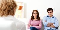 روانشناس خوب خوشبختانه یا متاسفانه هنگام برخورد با یک روانشناس، نگاه مردم جامعه در درجه اول به سلامت روانی خود روانشناس است که این کاملا طبیعی است.