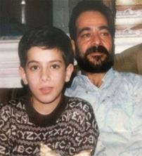 عکس نوجوانی امیر تتلو به همراه پدرش
